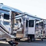 US-Caravaning-Industrie spendet Fahrzeuge im Kampf gegen Corona